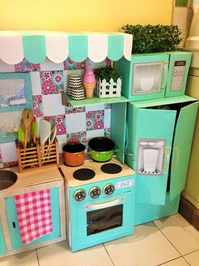 how-to-create-a-mini-cardboard-kitchen-for-you-toddler-8__700